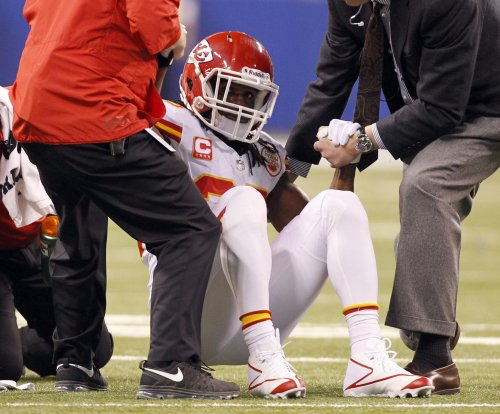 Chiefs RB Jamaal Charles done for season with ACL tear