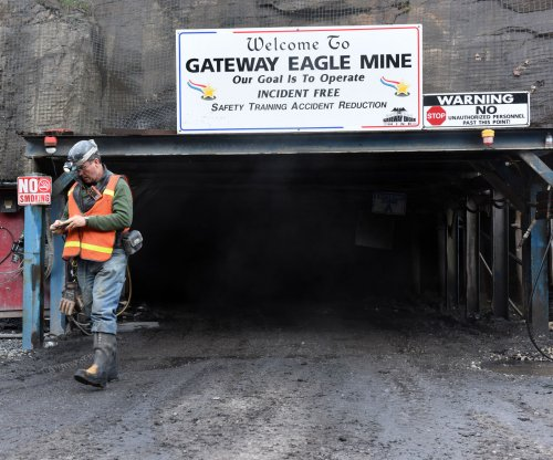 Trump administration halts coal mining health study