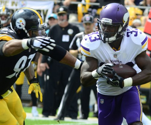 Fantasy Football: Minnesota Vikings' Cook out for season, team could sign RB