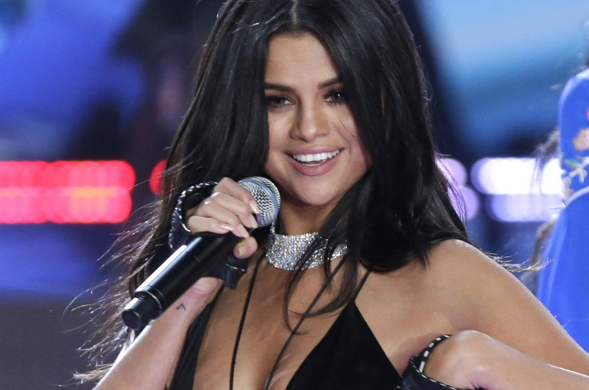 Selena gomez bites back at critics on instagram upi thecheapjerseys Image collections
