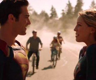 Supergirl and Superman team up in new 'Supergirl' Season 2 trailer