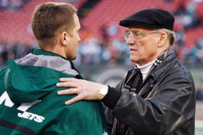 Marty-Schottenheimer-Ex-NFL-coach-battli