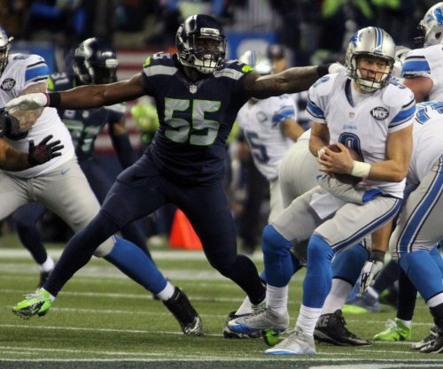 Seattle Seahawks DE Frank Clark apologizes for punching teammate