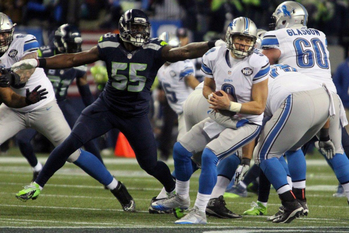 Seattle Seahawks DE Frank Clark apologizes for punching teammate