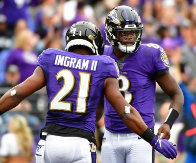 Lamar Jackson sets new franchise record in Ravens' blowout win over Texans
