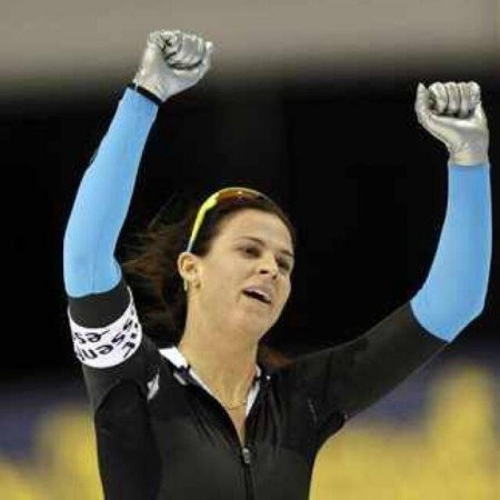 Brittany Bowe makes olympic debut, misses medals