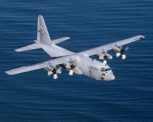 Sole survivor in Algerian military plane crash, 77 dead