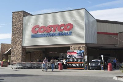 Celery blend in grocery deli items recalled for E. coli