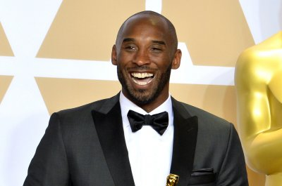 Lakers GM: Kobe Bryant dined with Heath Ledger after actor's death
