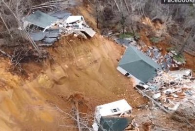 Video: Landslide pushes Tennessee home into river after heavy rain