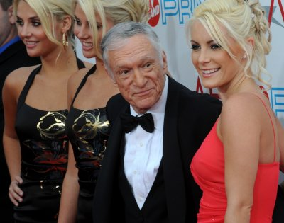 Hefner, 86, Harris, 26, wed in LA