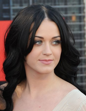 Katy Perry leads with 9 VMA nods