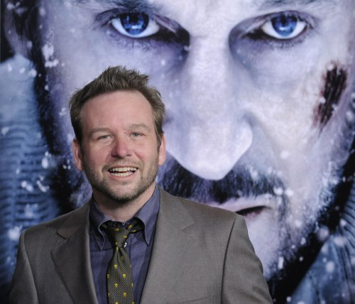Dallas Roberts to star in USA Network pilot 'Evil Men'