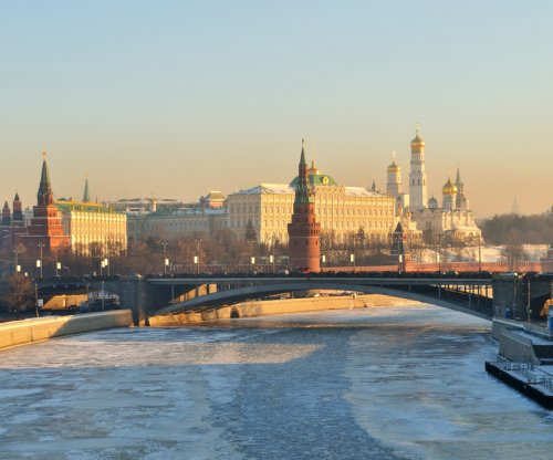 Russia expects prolonged economic slump
