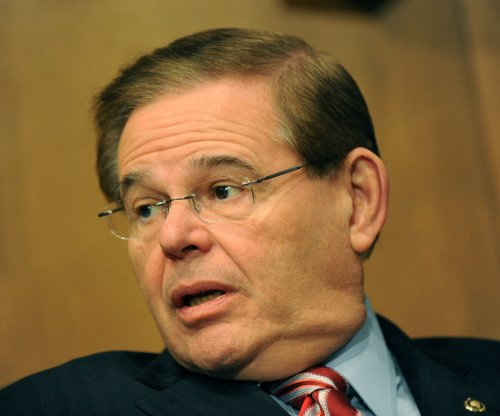 Robert Menendez is second Democratic senator to oppose Iran nuclear deal