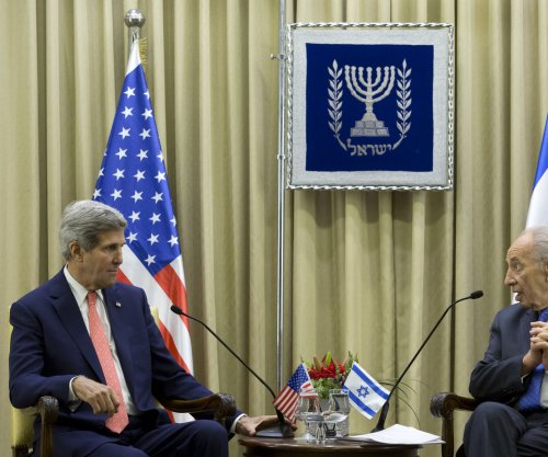 Kerry warns Israel of potential for Palestinian Authority collapse