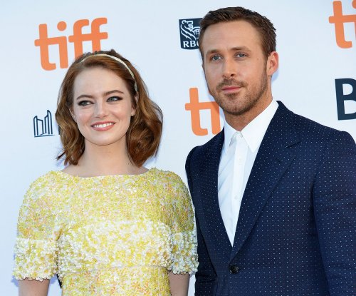 Emma Stone talks 'sweating all over' Ryan Gosling, takes part in dance-off on 'Ellen'