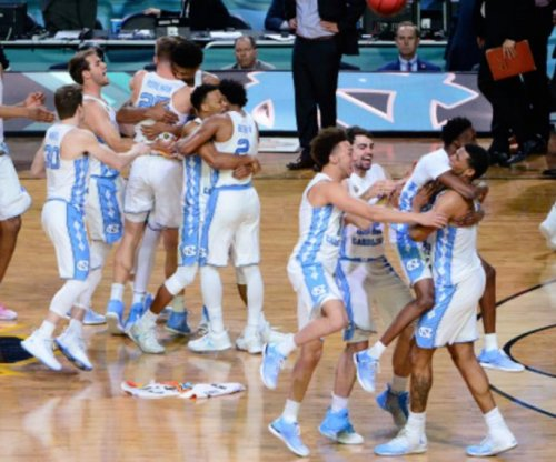 Final Four: North Carolina Tar Heels beat Gonzaga Bulldogs for sixth national title