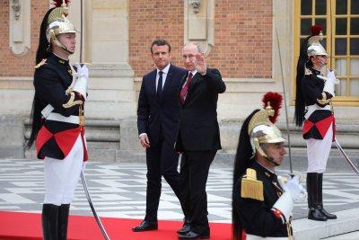 Russia extends tit-for-tat sanctions against EU over Ukraine