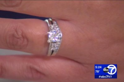 Couple return to Italy 9 years later, find lost diamond ring