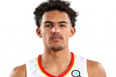 Hawks' Trae Young beats Bucks with buzzer beater