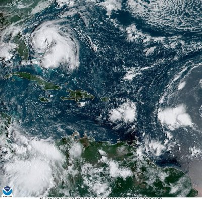 Humberto to become hurricane but stay away from U.S. coast