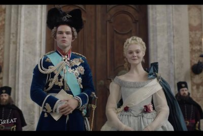 Elle Fanning is Catherine the Great in teaser trailer for Hulu series