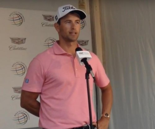 Adam Scott leads by two shots at Doral