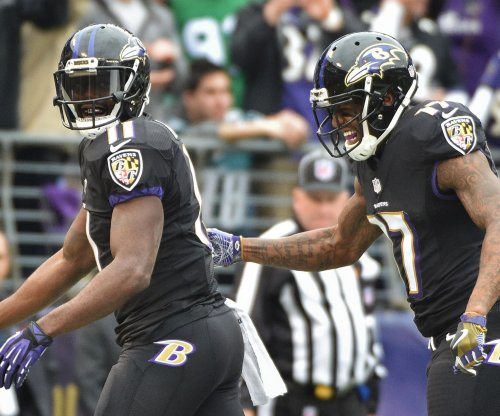 Indianapolis Colts add Kamar Aiken to group of receivers