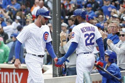 Willson Contreras slam leads HR barrage as Chicago Cubs bury Cincinnati Reds