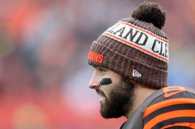 Cleveland Browns' Baker Mayfield denies staring down Hue Jackson