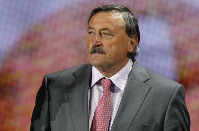 Czech soccer legend Antonin Panenka, 71, hospitalized with COVID-19
