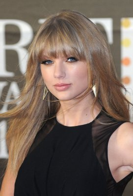 Goats 'sing' songs by Swift, Usher, Cyrus