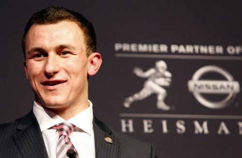 Texas A&M QB Manziel wins Heisman Trophy