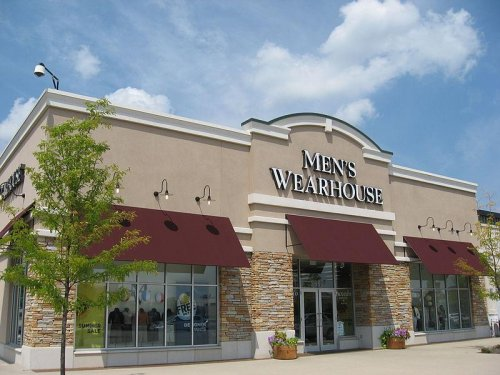 Men's Wearhouse ups bid on Jos. A. Bank in new twist to heated takeover battle