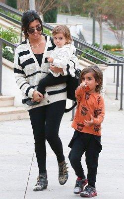 Kourtney Kardashian touts attachment parenting method in Redbook