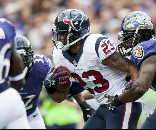 New England Patriots interested in Arian Foster