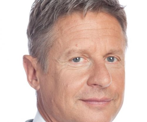 Libertarian candidate Gary Johnson to Sanders supporters: Check us out