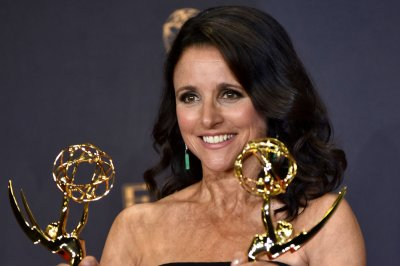Julia Louis-Dreyfus: Laughter was 'best medicine' for cancer