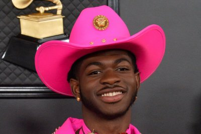 Lil Nas X, 'Pose,' 'Booksmart' honored at GLAAD Media Awards 2020