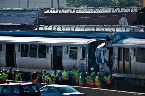 Commuter trains collide at west of Chicago stop; dozens hurt