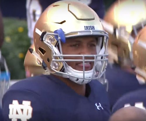 No. 8 Notre Dame, DeShone Kizer roll past No. 14 Georgia Tech