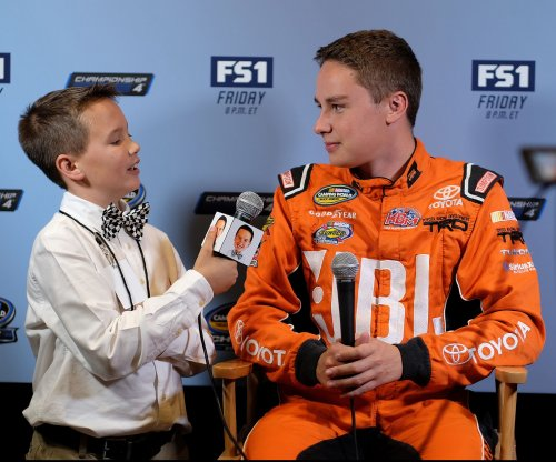 Carl Edwards' exit opens doors for Christopher Bell