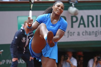 Serena Williams withdraws from Indian Wells due to knee injury