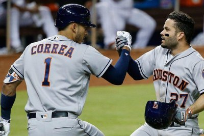 Houston Astros' Yuli Gurriel makes himself at home against Miami Marlins