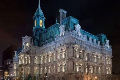 Montreal's City Hall crucifix is coming down