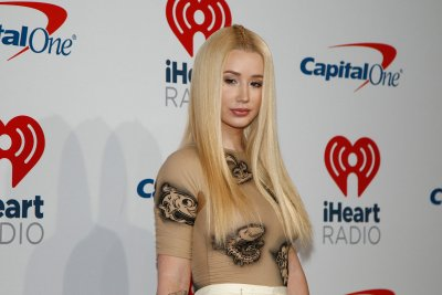 Iggy Azalea shares photos of son Onyx, confirms split from Playboi Carti