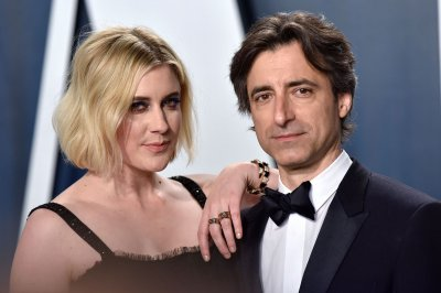 Filmmaker Noah Baumbach inks exclusive deal with Netflix