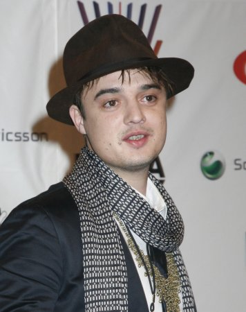 Pete Doherty begins jail sentence