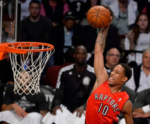 DeRozan scores 42 as Toronto Raptors edge Houston Rockets